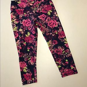 Gaiam Yoga Crop Leggings Ink Blossom-Size Medium